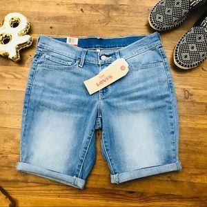 Levi's Bermuda Denim Shorts NWT Sz 27 Jean Shorts